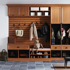 Modern Entry by California Closets Fort Lauderdale
