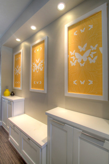 Transitional Entry by Jordan Iverson Signature Homes
