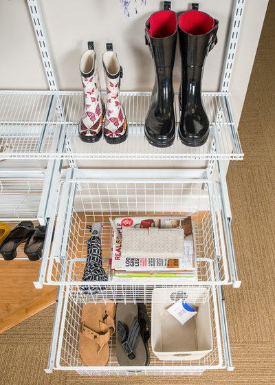 Modern Entré by Organized Living