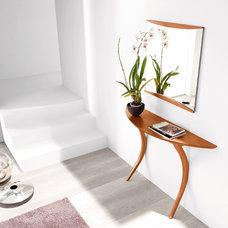 Modern Entry by SmartFurniture