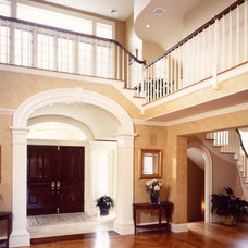 Traditional Entry by John Stanek Custom Builders, Inc.