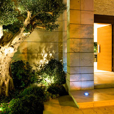 modern entry by Yaniv Schwartz - Photographer
