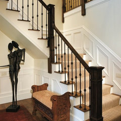 modern entry by DiSipio Building Group, Inc.