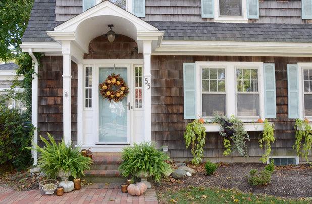Farmhouse Entry by Design Fixation [Faith Provencher]