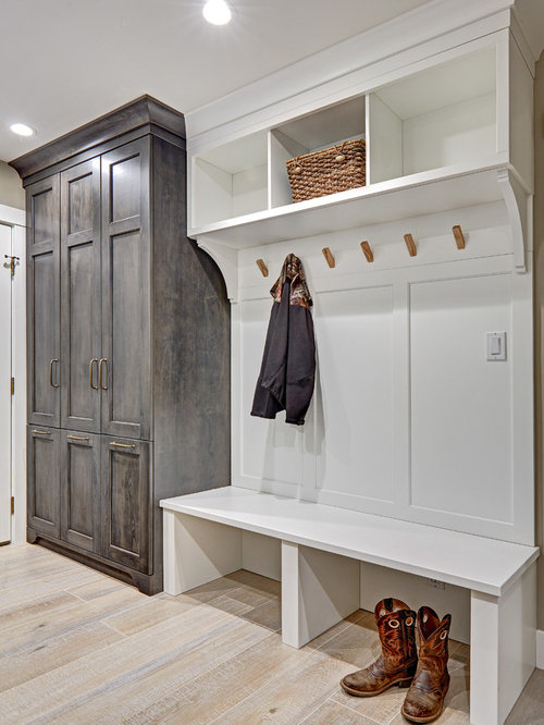 Farmhouse Laundry Room Design Ideas, Remodels & Photos with Recessed-Panel Cabinets