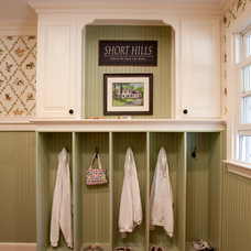 Traditional Entry by Dubinett Architects, llc.