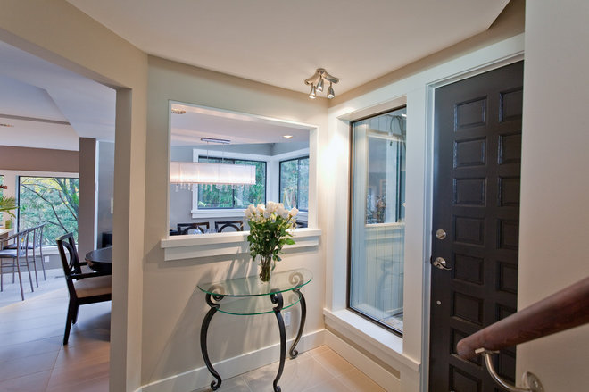 Contemporary Entry by Synthesis Design Inc.
