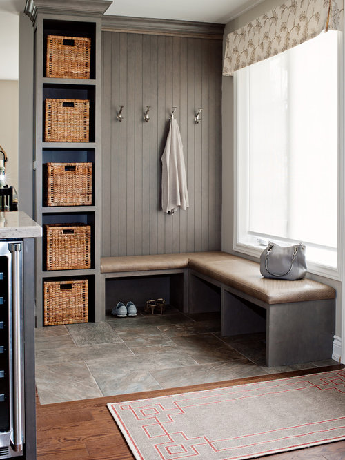 Farmhouse rustic mudroom home design photos decor ideas for Farmhouse mudroom ideas