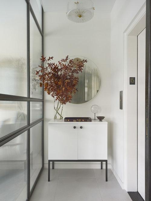 Hall d\'entrée moderne avec une porte coulissante : Photos et idées ...