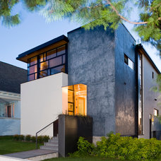 Contemporary Entry by Lane Williams Architects