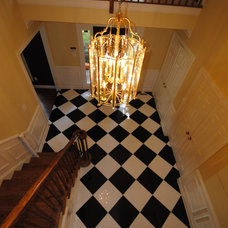 Traditional Entry by Conestoga Tile