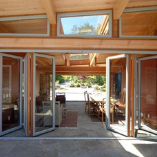 contemporary entry by Gaulhofer Windows