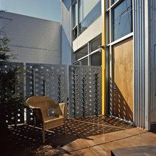Modern Entry by WA design
