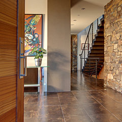 contemporary entry by McClellan Architects