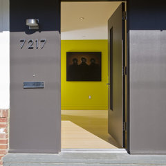 contemporary entry by FORMA Design