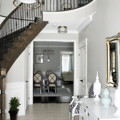 contemporary entry by AM Dolce Vita