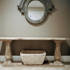 Traditional Entry by Enviable Designs Inc.