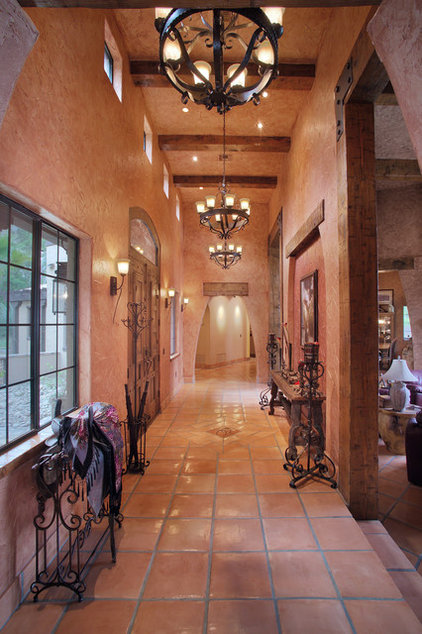 Southwestern Entry by Gritton & Associates Architects