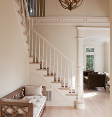 traditional entry by Jenny Baines, Jennifer Baines Interiors