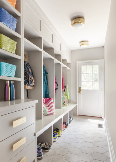 Transitional Entry by Clean Design