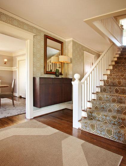 Craftsman Entry by Garrison Hullinger Interior Design Inc.