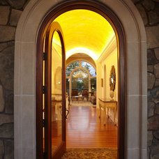 Traditional Entry by John Kraemer & Sons