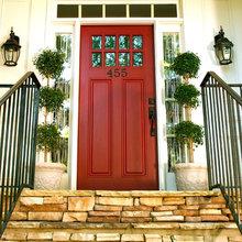Rote Haustüren