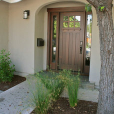 craftsman entry by Tali Hardonag Architect
