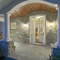 Traditional Entry by Winthorpe Design & Build, Inc.