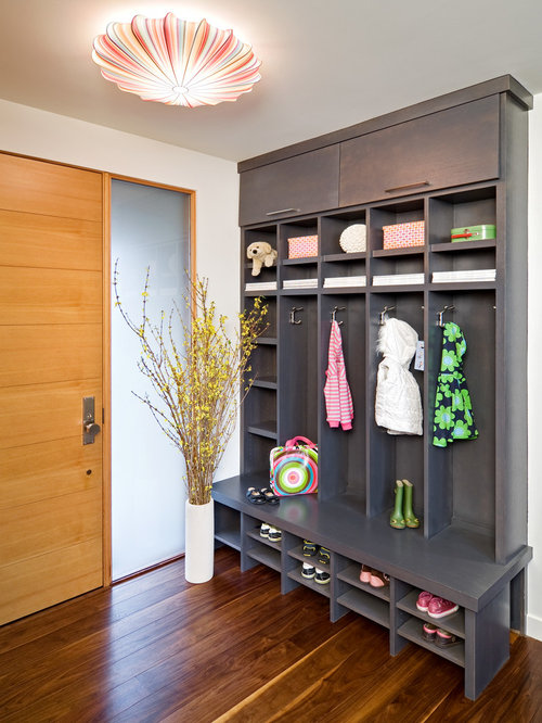 Contemporary entryway ideas design photos houzz for Contemporary foyer ideas