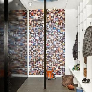 Moderner Eingang mit Stauraum in Chicago