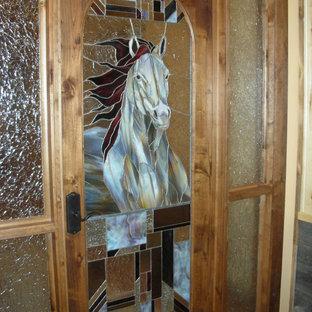 Неиссякаемый источник вдохновения для домашнего уюта: входная дверь среднего размера в стиле фьюжн с полом из терракотовой плитки, одностворчатой входной дверью и стеклянной входной дверью