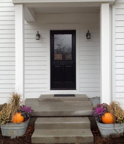 Farmhouse Entry by Alison Hodgson