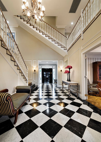 Traditional Entry by Oswald Homes