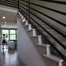 Modern Entry by R. Cartwright Design