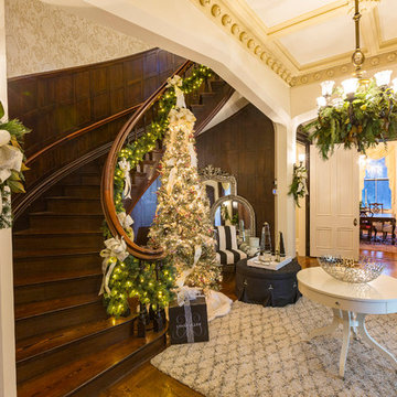 GLENDALE HOLIDAY HOME TOUR