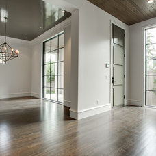 Transitional Entry by TATUM BROWN CUSTOM HOMES