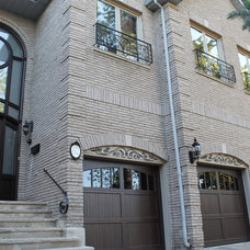 Entry by Casa Loma Doors & Art glass