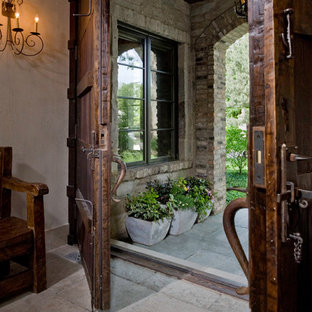 Example of an eclectic entryway design in Chicago