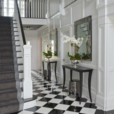 Transitional Entry by Tiffany Eastman Interiors, LLC