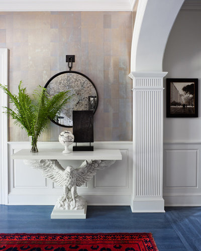 Traditional Entry by Thom Filicia Inc.