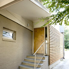 Contemporary Entry by David C Fowler Architecture Inc, MT