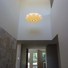 Contemporary Entry by Adrian Ramsay Design House