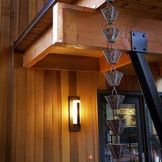 Modern Entry by Nguyen Architects, Inc.