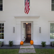 Traditional Entry by Hugh Jefferson Randolph Architects