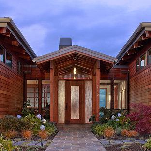シアトルのアジアンスタイルのおしゃれな玄関の写真