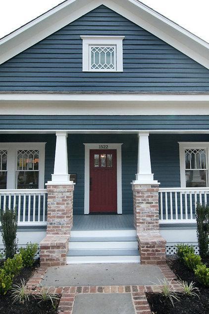 Craftsman Entry by Brickmoon Design