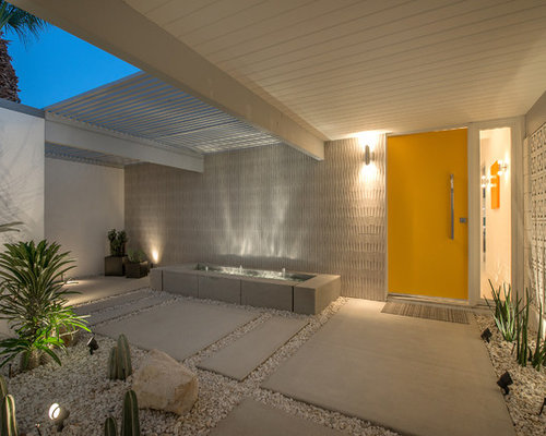 Midcentury entryway design ideas remodels photos for Mid century modern outdoor lighting