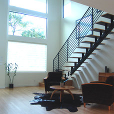 Modern Entry by Steve Zagorski, Architect