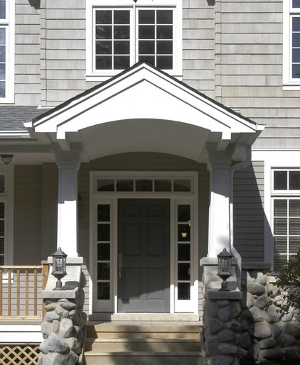 traditional entry by Hirsch Associates LLC